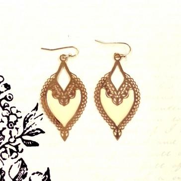 Bali Cutout Earrings - Ivory